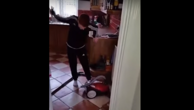 irish dad hoover viral video
